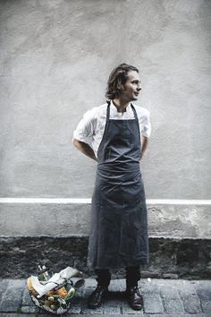 Example Exec chef profile pic. I like the apron