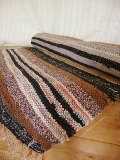 "Antique Handmade Swedish Runner Rag Rug ""Trasmatta"" - 1900's - approx. 5 feet"