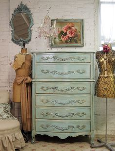 Vintage Painted Cottage Aqua French Provincial Dresser