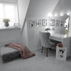 Bedroom dressing table idea IKEA Dressing table White: tables / dressing-tables There's plenty of space for make-up and jewellery in the wide, felt-lined drawer. Dressing Room Decor, Dressing Room Design, Spare Room Dressing Room Ideas, Girls Dressing Room, Dressing Rooms, Room Ideas Bedroom, Home Decor Bedroom, Bedroom Table, Silver Bedroom Decor