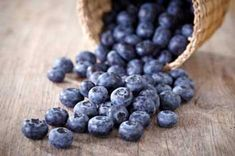 Blueberries - 9 fruits and vegetables that help prevent high cholesterolBlueberries contain more antioxidants than any other food. Cranberries, raspberries and strawberries are a close second. These antioxidants help fight cellular aging.