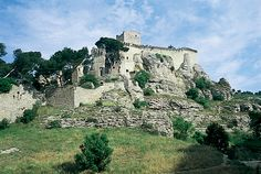 Château de Boulbon (Bouches-du-Rhône).Provence Provence, Mount Rushmore, Mountains, Nature, Travel, Alps, Mouths, Naturaleza, Viajes