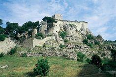 Château de Boulbon (Bouches-du-Rhône).Provence