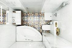 As banheiras compactas permitem o que há pouco tempo, era impossível (neste caso, esta foto é de um site estrangeiro, mas vale a pena olhar os lançamentos no Brasil… Há um grande investimento nesta área).