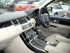 2009 Range Rover Sport 3.6 TDV8 HSE 5-door automatic 4x4. Blue with cream leather interior.
