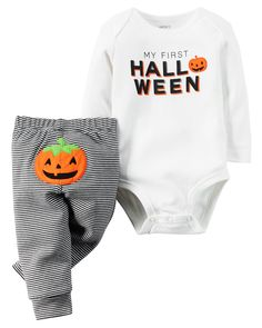 Baby's first Halloween is scary cute with this coordinating bodysuit and legging set. Crafted in soft cotton with stripes and pumpkin details.