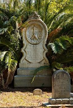 How to make wonderful gravestones for your haunt