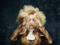 RITA ORA ROCKS CURLY HAIR FOR HUNGER MAGAZINE BY RANKIN Rita Ora, Blonde Afro, Hunger Magazine, Hair Evolution, Shades Of Blonde, Old Singers, Fashion Forever, I Love Girls, Black Power