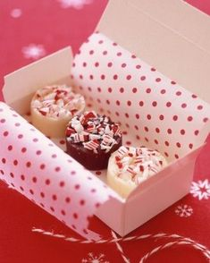 Martha Stewart packaging ideas for Christmas food gifts