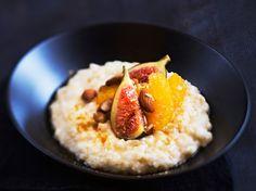 Hedelmäinen riisipuuro / Rice porridge with fruits/ kotiliesi.fi / Kuva/Photo: Sampo Korhonen/Otavamedia