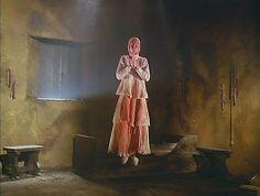 Alucarda, la hija de las tinieblas, 1977