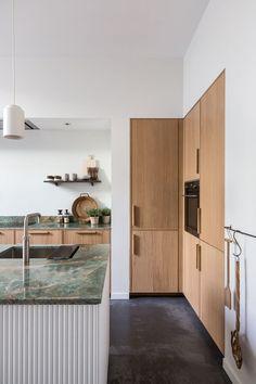 Modern Home Decor .Modern Home Decor Interior Desing, Interior Design Kitchen, Luxury Interior, Interior Modern, Minimal Kitchen Design, Modern Kitchen Interiors, Eclectic Kitchen, Japanese Interior, Interior Garden