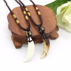 World of Warcraft Horde Tooth Necklace