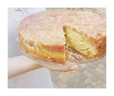 Ciasto rabarbarowe – odwrócone