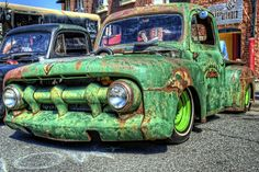 Rat Rod..... OH SNAP!! this is an awesome truck color and all.