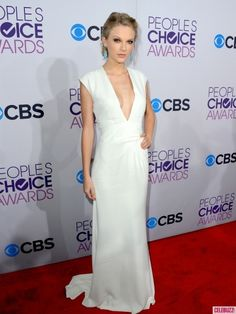 taylor swift people's choice awards 2013 c/o Celebuzz