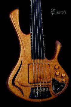 Zakrzewski Bass. Love basses with blended in ramps.