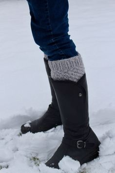 de The post Wintermaschen 2019 appeared first on Socks Diy. Crochet Bunny, Love Crochet, Crochet Toys, Knitting Websites, Knitting Blogs, Free Baby Patterns, Knitting Patterns, Cute Hippo, Laundry Decor