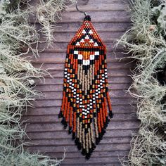 Sycamore..Beaded Fringe Earrings Native American por hoofandarrow