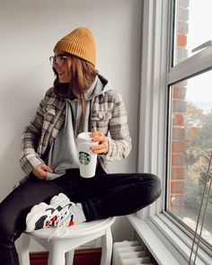 Look of from 28 December, 2019 Oversized Hoodie Outfit, Hoodie Outfit Casual, Beanie Outfit, Casual Ootd, Outfits With Hats, Dope Outfits, Casual Outfits, Fashion Outfits, School Outfits