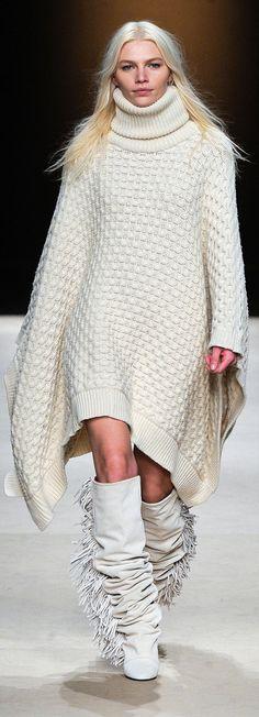✪ Isabel Marant RTW Fall 2011 ✪ http://www.vogue.com/collections/fall-2011/isabel-marant/review/#/collection/runway/fall-2011/isabel-marant/11