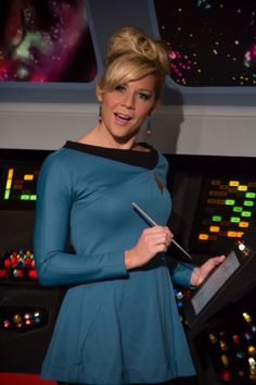 "Eliza Taylor (Gigi Edgley) - Star Trek Continues ""Come Not Between the Dragons"" Star Trek Continues, Star Terk, Star Trek Rpg, Best Sci Fi Shows, Star Trek Uniforms, Star Trek Cosplay, Star Trek Captains, Star Trek Characters, Star Trek Beyond"