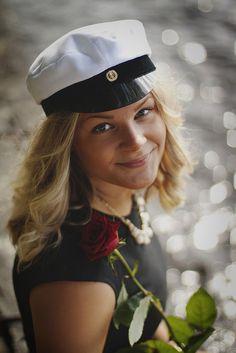 Luonto Photo Ideas, Captain Hat, Hats, Photography, Fashion, Fotografie, Moda, Photograph, Hat