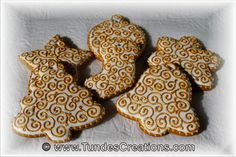 Gingerbread Christmas ornament gold and white