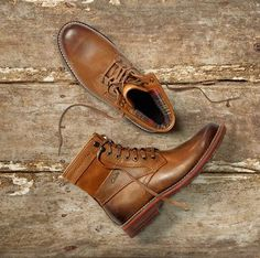 The Best Men's Shoes And Footwear :   Clarks boots    -Read More – Walk In My Shoes, Me Too Shoes, Men's Shoes, Dress Shoes, Footwear Shoes, Mens Shoes Sale, Fashion Boots, Mens Fashion, Clarks Boots