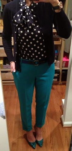 Turquoise pants outfit, green pants outfit, teal outfits, work outfits, c. Colored Pants Outfits, Teal Outfits, Mode Outfits, Casual Outfits, Turquoise Pants Outfit, Green Pants Outfit, Green Jacket, Professional Wardrobe, Professional Dresses