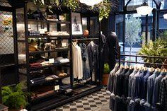 Buckets & Spades - Men's Fashion, Design and Lifestyle Blog: Store Visit | Club Monaco, Covent Garden, London