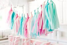 kit guirnalda flecos papel de seda rosa,lila,cesteste,verde Candy Themed Party, Pool Party Themes, Princess Party Decorations, Party Ideas, First Birthday Favors, 1st Birthday Parties, Cotton Candy Party, Tissue Paper Tassel, Color Celeste