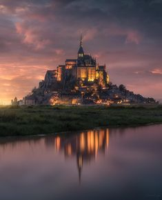 The reflection reveals its true form - Architecture and Urban Living - Modern and Historical Buildings - City Planning - Travel Photography Destinations - Amazing Scary Places Beautiful Castles, Beautiful Places, Mont Saint Michel France, Lascaux, Hello France, Monuments, Night Forest, Tour Eiffel, Life Photo