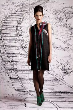 lino + Ungaro silk Dress by Yenny Bastida  ANibal Mestre Foto  Astrid Moller Modelo
