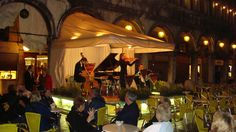 Live classical entertainment at one of the cafes in Piazza San Marco, Venice, Italy (Joe Cruz photo).