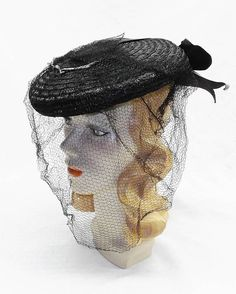 30s 40s Vintage Black Straw Tilt Hat with Black and Gray Bow