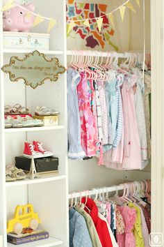 #Nursery closet #decor and #organization via Charming in Charlotte www.charmingincharlotte.blogspot.com