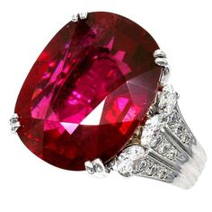 a - Carat Ring Modern Diamond,white Diamond,rubelite Gold, White Gold Gold Rings For Sale, Antique Rings For Sale, Diamond Rings For Sale, Gold Diamond Rings, White Gold Rings, Dainty Bracelets, Layered Bracelets, Vintage Style Rings, Unique Rings