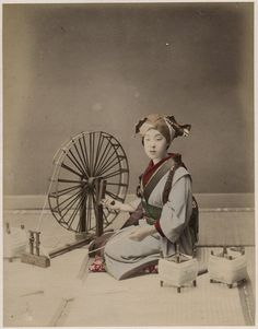 c.1880's PHOTO JAPAN - SPINNING SILK