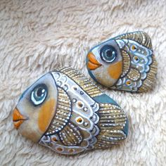 Painted ceramic rocks ideas /  Craft for All Ages