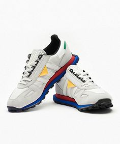 Hourglass Figure, Sports Shoes, Adidas Originals, Fashion Shoes, Kicks, Shoes Sneakers, Footwear, Sandals, My Style