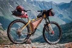We check out Michael Dammer's Surly Karate Monkey Colorado Trail bikepacking rig and its awesome farm-made leather framebag. Mountain Bike Tour, Mountain Biking, Bmx, Surly Karate Monkey, Bikepacking Bags, Hardtail Mtb, Colorado Trail, Bike Bag, Cargo Bike