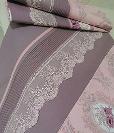 Bad Cover, Designs For Dresses, Cotton Suit, Linen Bedding, Bed Linen, Chain Stitch, Bed Spreads, Bed Sheets, Diy And Crafts