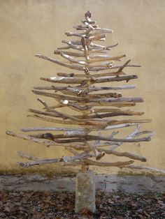 Bricolage and no l on pinterest - Comment accrocher une couronne de noel a la porte ...