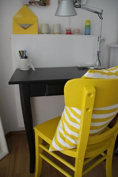 yellow old chair on dekohochdrei.com Home Office, Chair, Yellow, Furniture, Home Decor, Table Desk, Decorating, Decoration Home, Room Decor