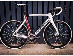 Dogma F8  @semi_racer  #lovesroadbikes #pinarello #dogmaf8 #lightweightwheels #di2 #duraacedi2 #shimano