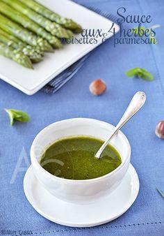 Sauce aux 4 herbes, noisettes & parmesan façon pesto…