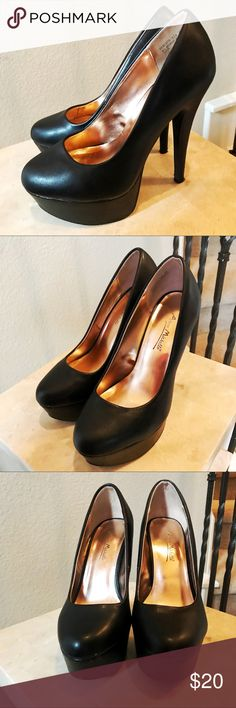 Anne Michelle Black Heels Chic black heels in black. In size 6.5. True to size. Some wear, pictured in images. Anne Michelle Shoes Heels