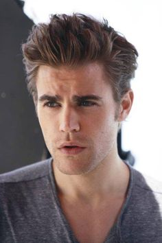 The Vampire Diaries . Paul Wesley as Stefan Salvatore The Vampire Diaries, Paul Wesley Vampire Diaries, Vampire Diaries The Originals, Les Experts Manhattan, Estefan Salvatore, Serie Vampire, Stefan Vampire, Daimon Salvatore, The Salvatore Brothers
