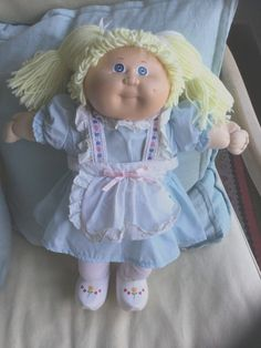 Coleco Cabbage Patch Kid #3 World Traveler Holland Blonde Blue Eyes PigTails 3 in Dolls & Bears, Dolls, By Brand, Company, Character | eBay
